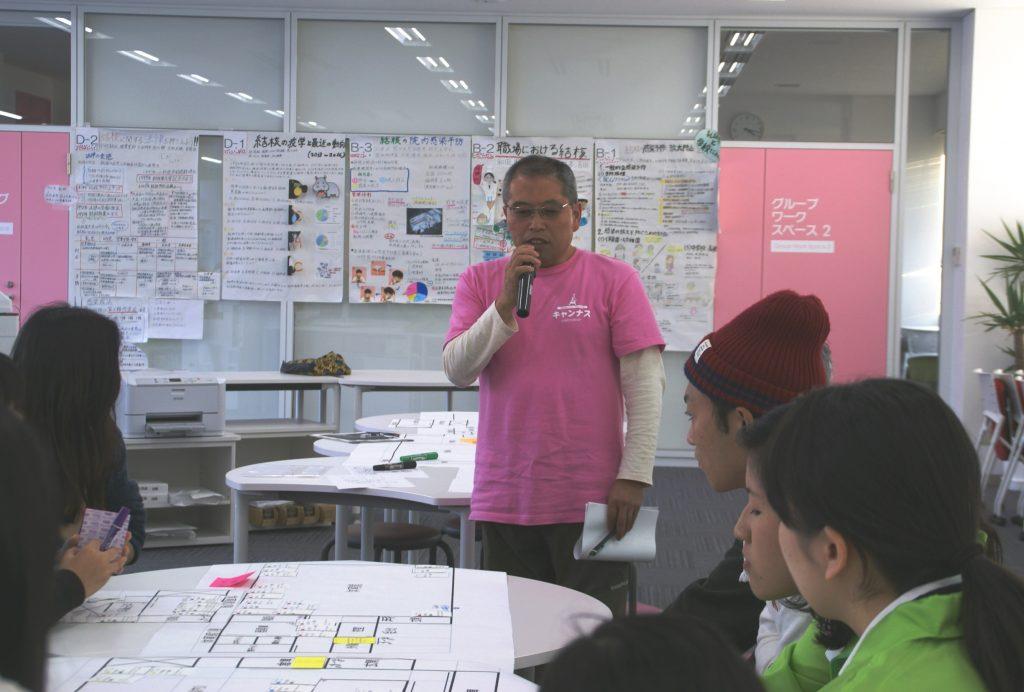 避難所運営の実際について話される高橋氏