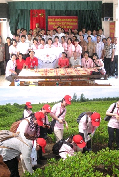 写真(上)マングローブ植林事業にかかわるGiao Xuanコミュニティの人々 写真(下)Giao Xuanのマングローブ植林地
